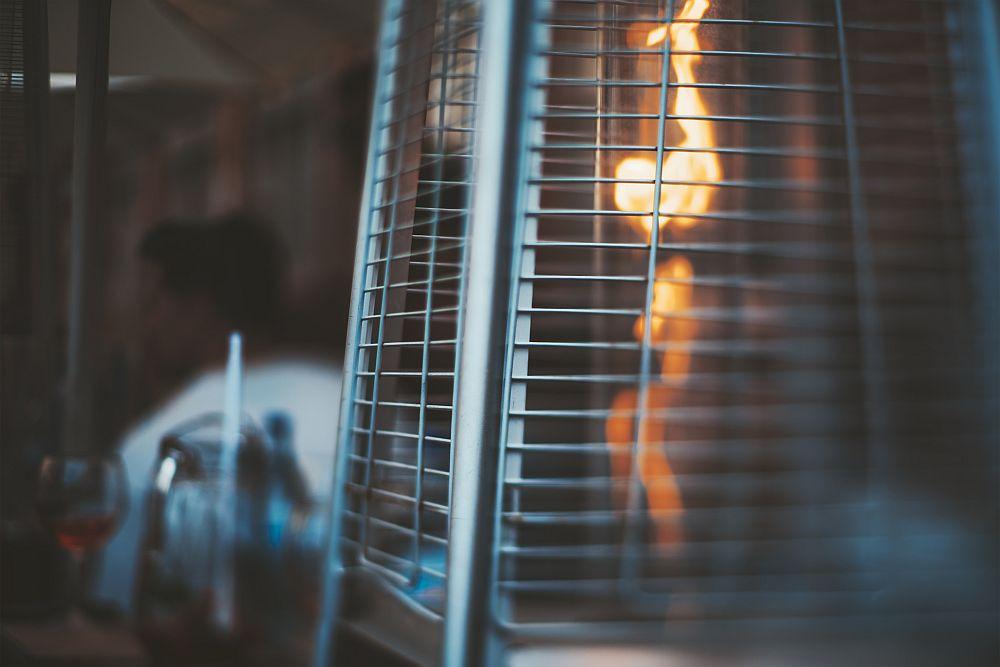 Waterproof patio heater